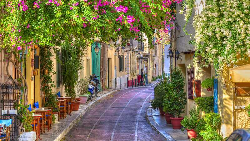 plaka-athens-city-street-4k-wallpaper_cel