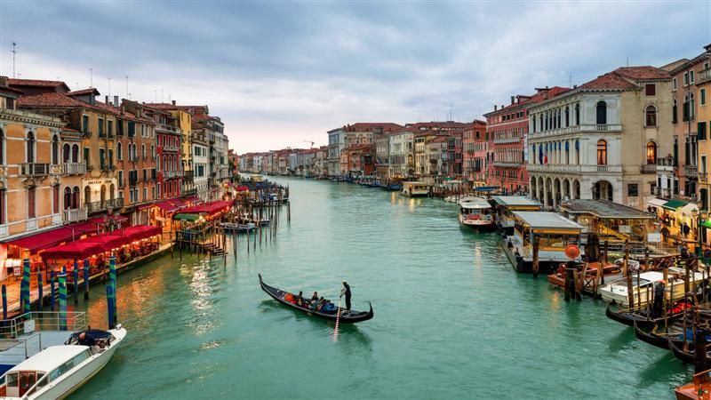 Venedig-Italien-Fluss-europe-cel-Touren