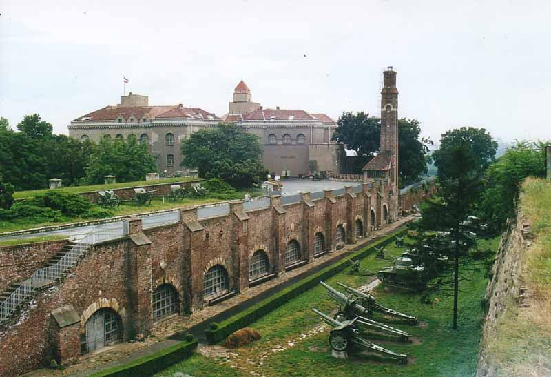 belgrade-fortress-green-serbia-balkans-europe-cel-tours