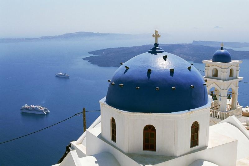 Athens – Santorini – Athens
