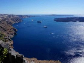 """Volcano"" >Athens – Santorini – Athens"